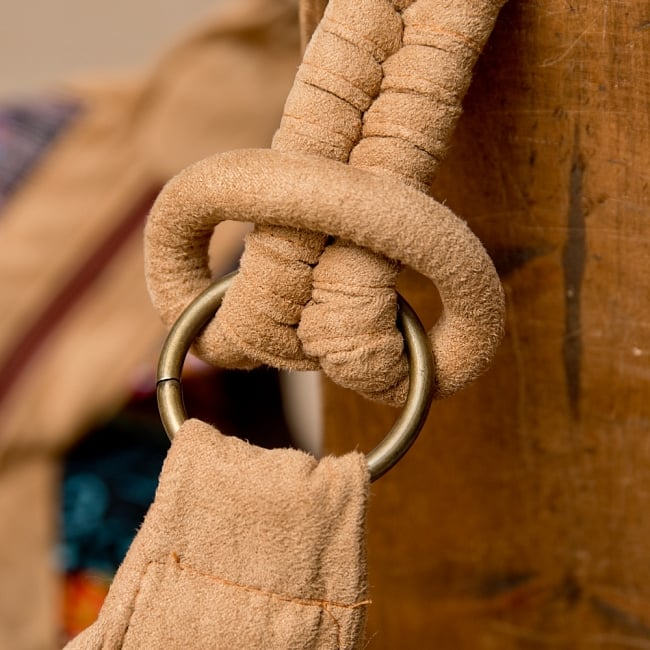 モン族刺繍のトラベルバッグ - ベージュ 3 - 持ちて部分はこの様な作りになっています。しっかりしていてとても持ちやすいです。