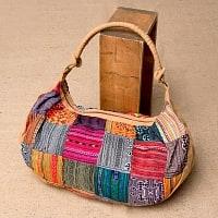 モン族刺繍のトラベルバッグ - ベージュ