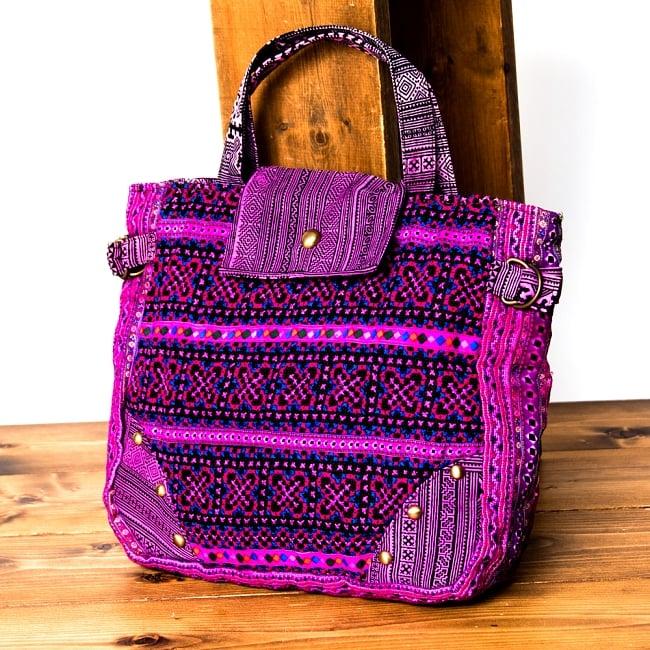 モン族刺繍のトートバッグ 14 - 選択Bです。