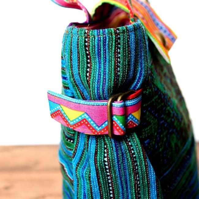 モン族刺繍のトートバッグ 5 - サイドのマチ部分は調整可能です。