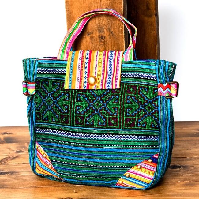 モン族刺繍のトートバッグの写真
