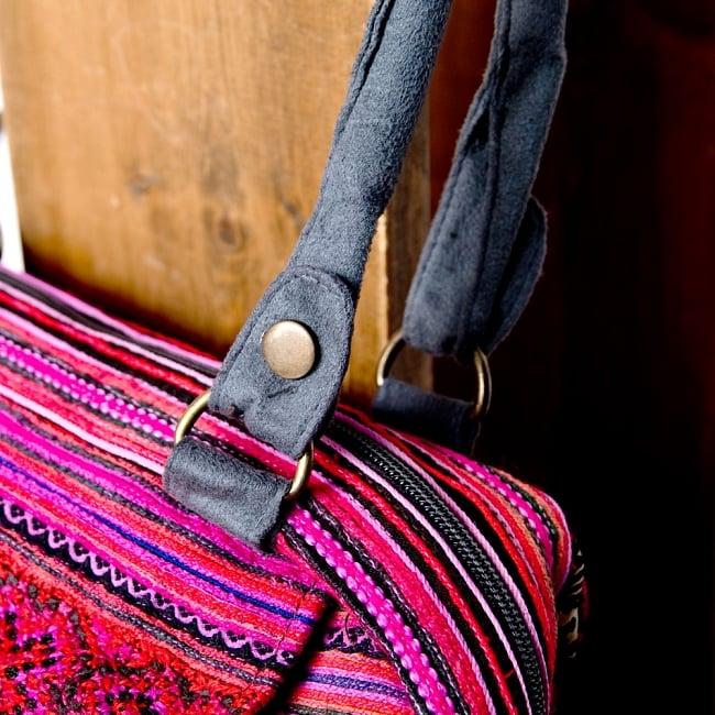 モン族刺繍の2WAYショルダーバッグ 6 - 持ち手部分のつくりもとてもしっかりしています。