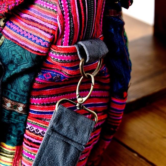 モン族刺繍の2WAYショルダーバッグ 7 - サイドのベルトは取り外し可能です。