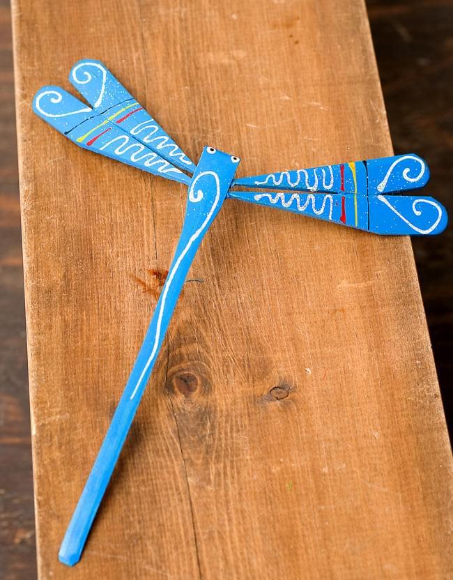 【15cm】ベトナムの竹製トンボ【ヤジロベエ】 -水色 3 - ひとつずつ手塗りで作られています。