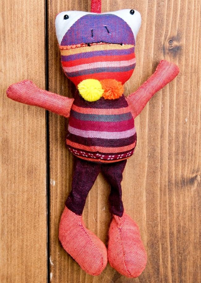 ベトナムのアニマルぬいぐるみ かえる 2 - ベトナムからやってきたハンドメイドの人形です。