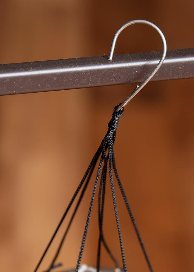 竹とココナッツの風鈴(小サイズ)の写真6 - 手で持つとこれくらいの大きさです。